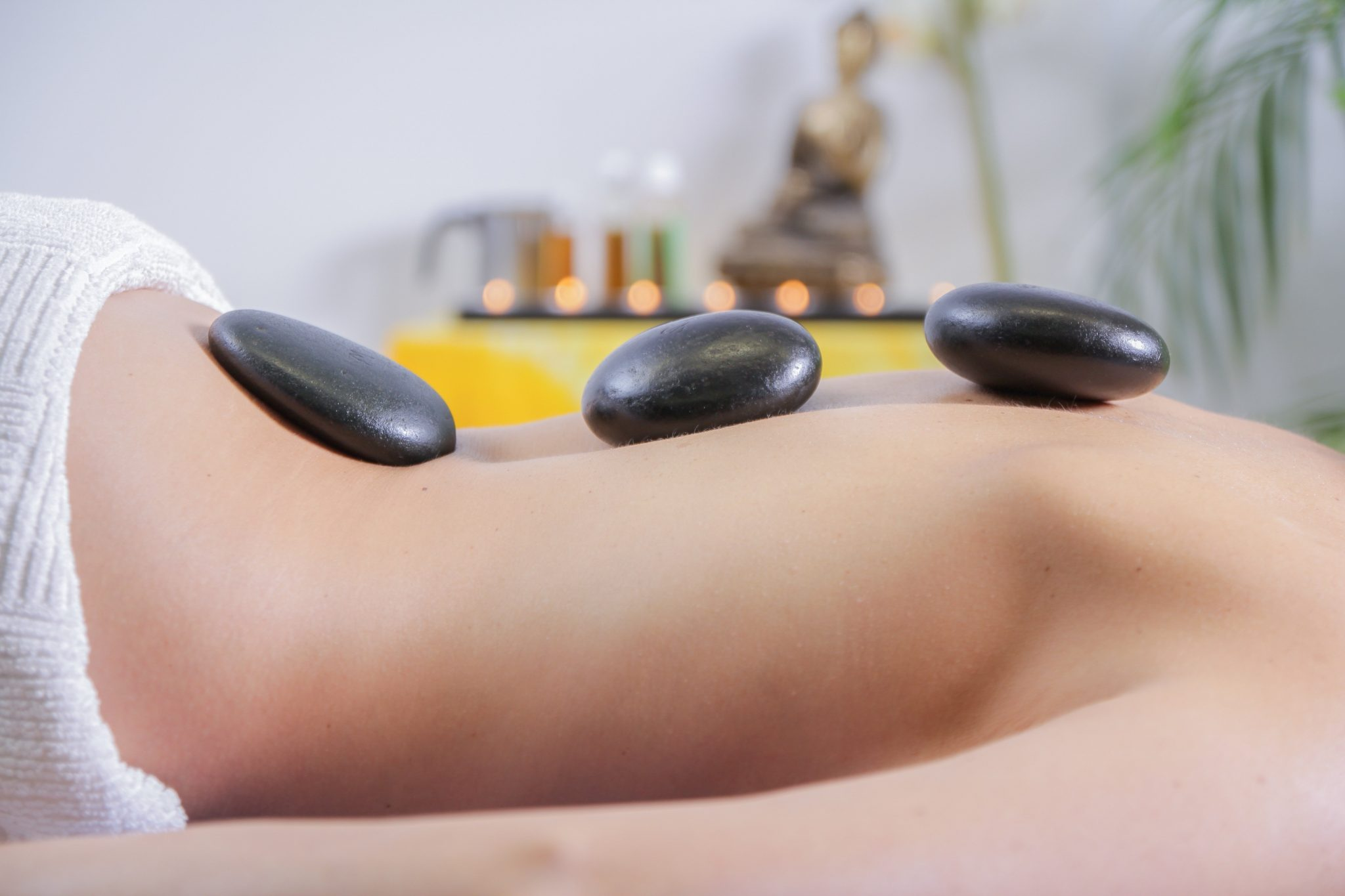 Hot Stone Massage | Massagetechniken | Vital Massage | www.vitalmassage.at